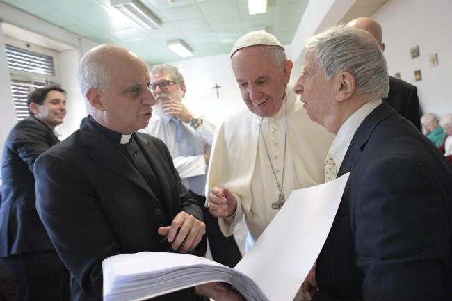 Papież odwiedził niewidomych
