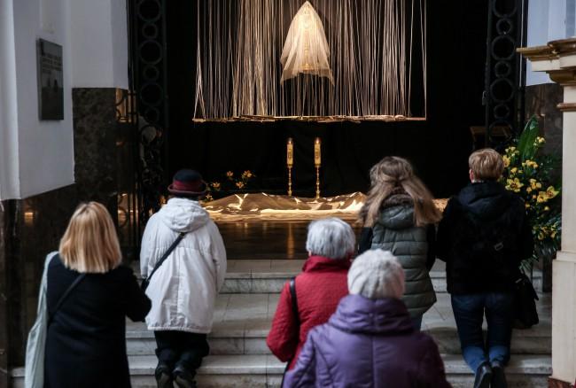 Grób Pański w kościele św. Ducha oo. paulinów przy ul. Długiej