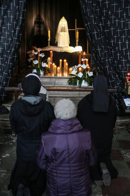 Grób Pański w kościele św. Anny przy Krakowskim Przedmieściu